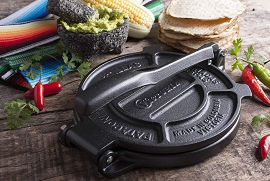 Tortilla Maker, Flour Tortilla press, Rotis Press, Pataconera Seasoned with Flaxeed Oil buy new collection